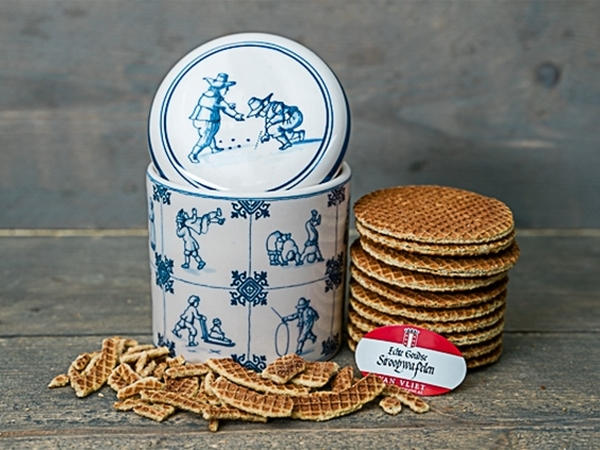 "<span class=""productButtonProductName"">Siroopwafels 10 st. pot Kinderspelen</span>"